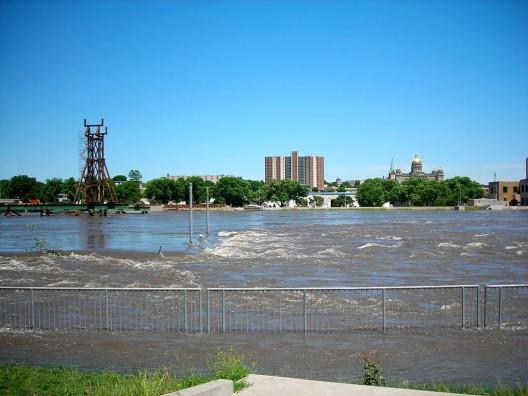 Des Moines River 2008 flooding