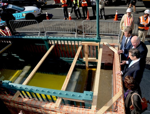 Prendergast and Cuomo inspect subway